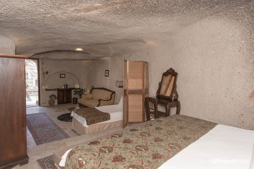 family-cave-suite--v10520591